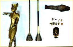 Photo of the four retrieved objects from the Egyptian Antiquities Museum